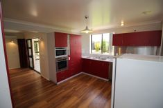 SPACIOUS 4 BED HOME IN TOP AREA