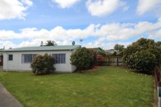 TWO BEDROOMS/OPEN PLAN LIVING/FRONT UNIT