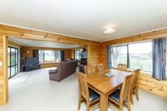 5 BEDROOM HOME ON 8302 m2 IN TOWN