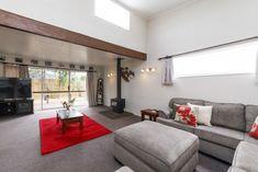RESTFUL LIVING - BIG HOUSE + SLEEPOUT
